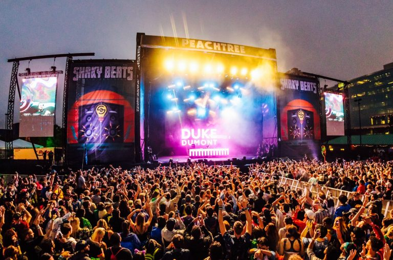 Shaky Beats Music Festival 2016: Day One!!!