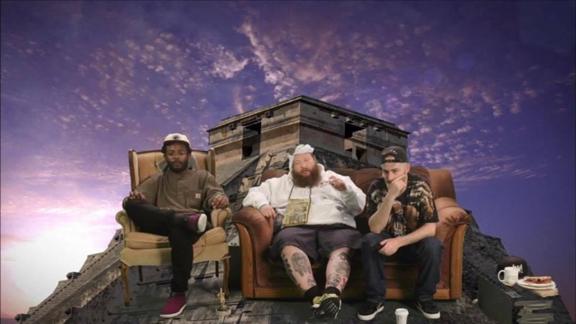 MUST SEE! Monday #35 – Action Bronson watches Ancient Aliens